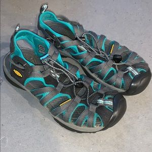 Keen Whisper sandals. Grey/teal. Sz 7.